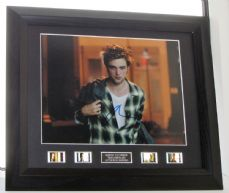 "A220RPRM ROBERT PATTINSON - ""REMEMBER ME"" SIGNED"